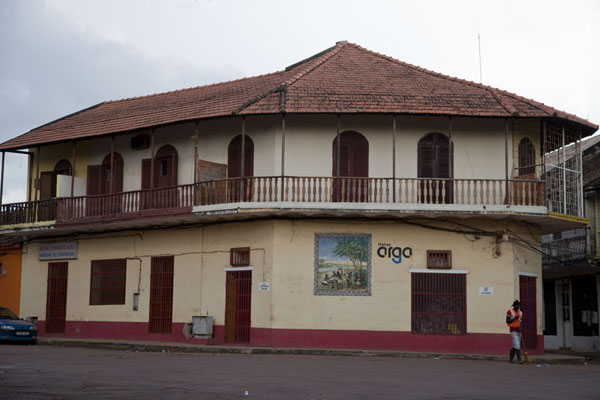 Picture of Bissau Velho (Guinea-Bissau): One of the buildings in Bissau Velho