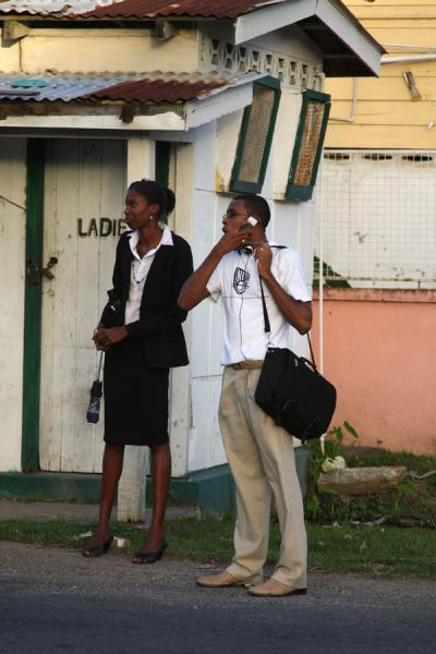 People waiting for a minibus in Georgetown | Guyanesi | Guyana
