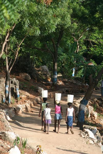 Carrying water in Labadie | Labadie | Haiti