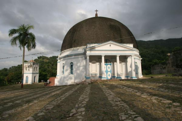 Picture of Palace Sans-Souci (Haiti): Church of Milot at the foot of Palace Sans-Souci