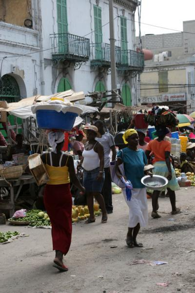 Picture of Port-au-Prince (Haiti): Haitians in a street in the Marché en Fer area