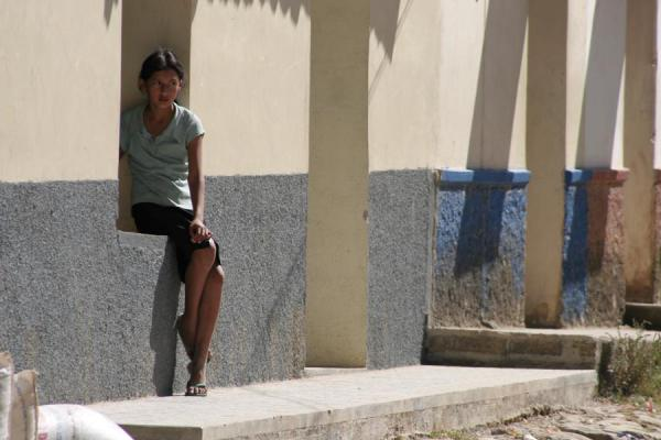 Picture of Erandique (Honduras): Erandique: girl in street