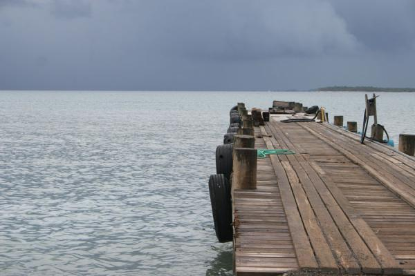 Picture of Honduran Skies (Honduras): Utila: dark clouds coming over the sea