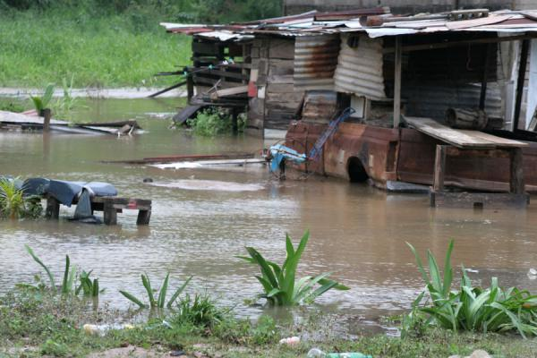 Foto de Houses in Trujillo after rainfloodsTrujillo - Honduras