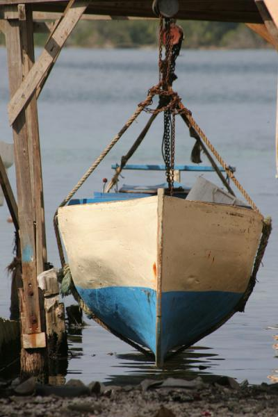 Picture of Boat being repaired on Suc Suc KeyUtila Keys - Honduras