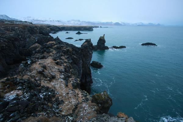 Picture of Islets, Atlantic Ocean and mountains in southern Snæfellsnes peninsulaSnæfellsnes - Iceland
