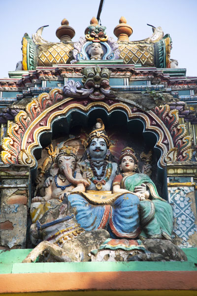 Close-up of sculptures in a temple adjacent to Bull Temple | Bull Temple | India