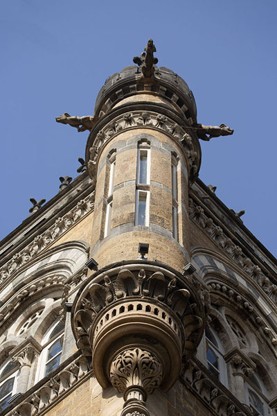 One of the many turrets in the terminus building | Chhatrapati Shivaji Terminus | Inde