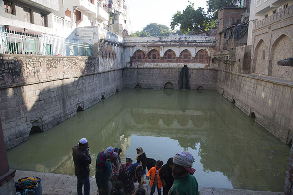 Photo de The Hazrat Nizamuddin Ki Baoli water tankDelhi - Inde