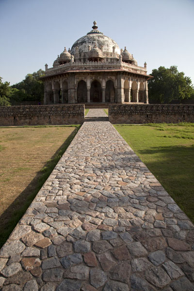 Cobblestone path leading to Isa Khan's mausoleum | Humayun Tomb | India