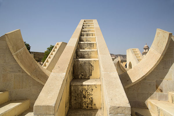 Looking up the stairs of one of the twelve Rasivalaya Yantra, zodiacic insruments | Jantar Mantar | India