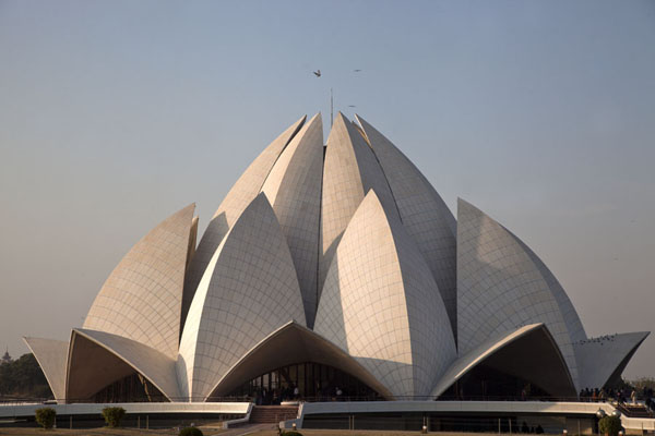 Foto van View of the Lotus Temple - a remarkable piece of architecture - India - Azië