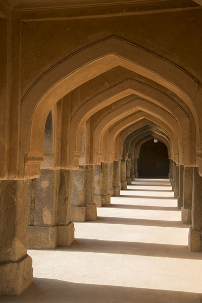Row of arches in the Rajon ki Baoli stepwell | Mehrauli Archaeological Park | India