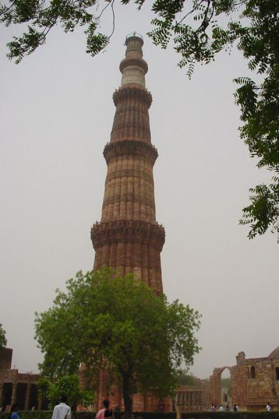 Qutab Minar soaring into the sky | Qutab Minar | India