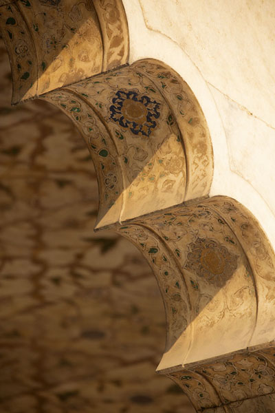 Foto di Close-up of an arch in the Diwas-i-KhasDelhi - India