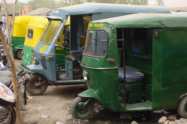 Picture of Delhi rickshaws (India): Rickshaw parking in New Delhi