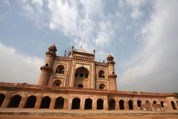 Safdarjung Tomb seen from below | Safdarjung Tomb | India