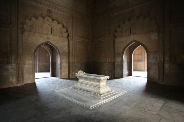 The actual tomb of Safdarjung | Safdarjung Tomb | India