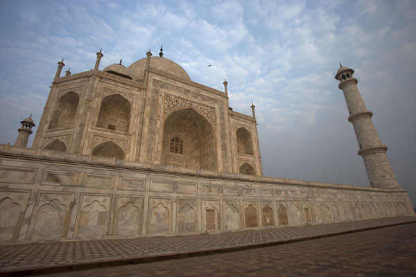 Looking up the Taj Mahal from below | Taj Mahal | India