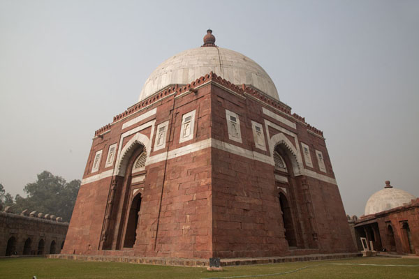Looking up the mausoleum of Ghiyath al-Din | Tughlaqabad Fort | India
