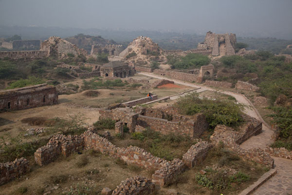 Foto van Overview of the inner part of Tughlaqabad FortDelhi - India