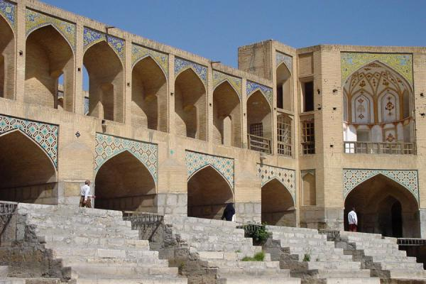 Foto van The Khaju bridge and its decorated arches and pavilionIsfahan - Iran