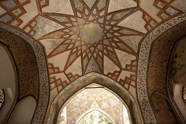 Geometric paintings on the ceiling of one of the pavilions of Fin Garden | Fin Garden | Iran