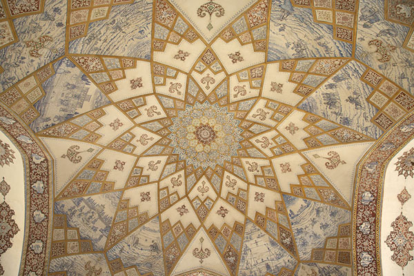Picture of The richly decorated ceiling of one of the pavilions - Iran - Asia
