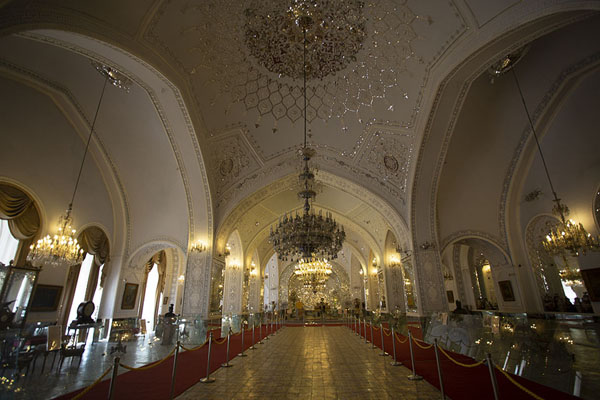 Foto di Interior of the lavishly decorated Reception Hall - Iran - Asia