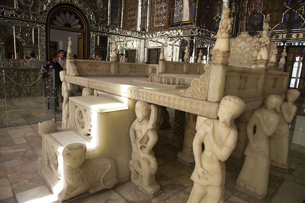 Side view of the Marble Throne, one of the highlights of the Golestan Palace - 伊朗 - 亚洲