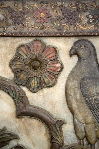 Close-up of decorations on a wall in the Takht-e Marmar | Golestan Palace | Iran