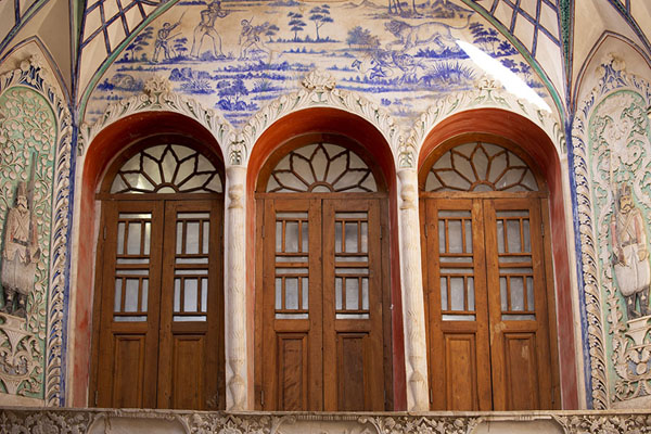 Three doors with windows in the reception hall | Khan-e Borujerdi | Iran