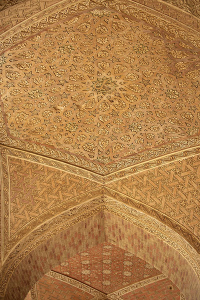 Vaulted ceiling over the terrace at the top floor of the mausoleum | Oljeitu Mausoleum | 伊朗