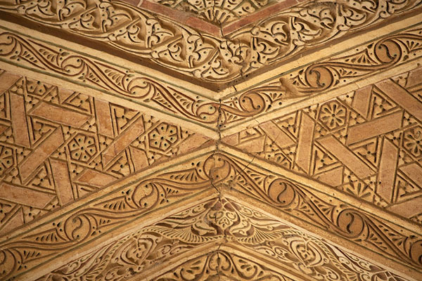 Close-up of a vaulted ceiling on the terraces at the upper floor of the mausoleum | Oljeitu Mausoleum | 伊朗