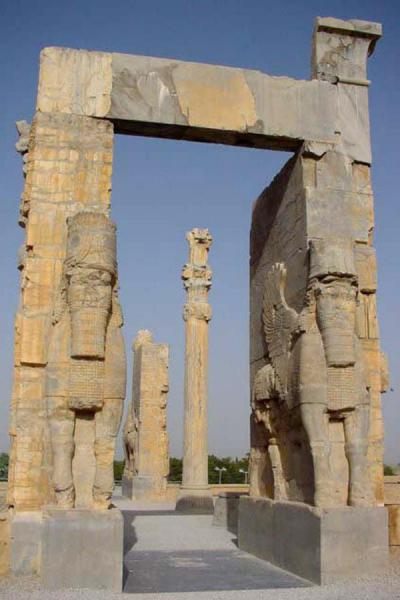 Foto van The entrance gatePersepolis - Iran
