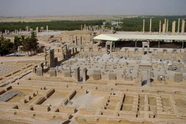 Foto van Hall of Hundred Columns - Persepolis - Iran - Azië