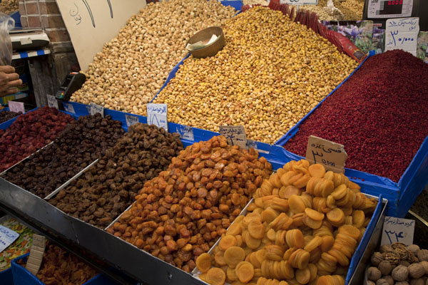 Foto di Nuts and dried fruits for sale at the bazarTeheran - Iran