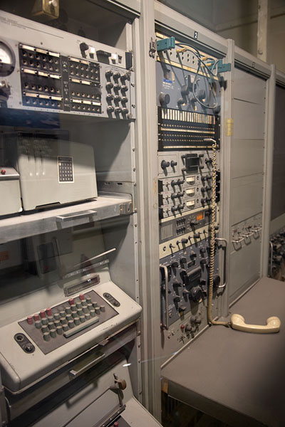 Some of the machines used by the Americans from inside the embassy | US Den of Espionage | Irán