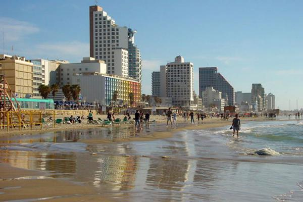 Picture of Tel Aviv Waterfront (Israel): Tel Aviv skyline adjacent to the beach