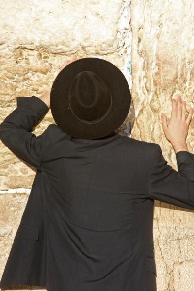 Foto van Jew in prayer at the Western WallKlaagmuur - Israël