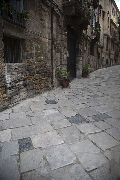 One of the many streets in Albergheria | Albergheria | Italië