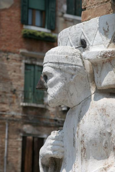 Statue of Antonio Rioba on the Campo dei Mori | Cannaregio | Italy