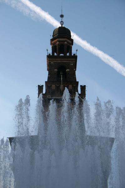Top of Filarete tower seen above the fountain | Castello Sforzesco | Italy