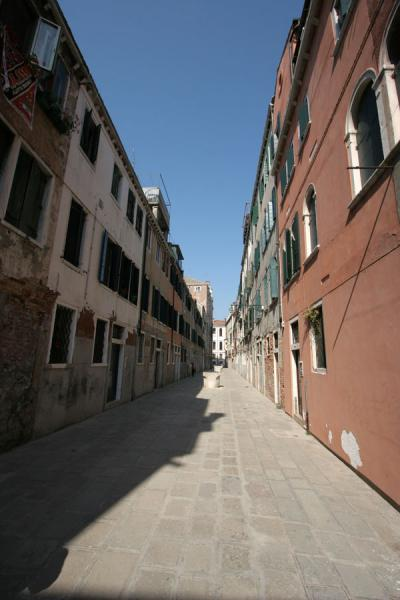 Picture of One of the long and narrow alleys of Castello