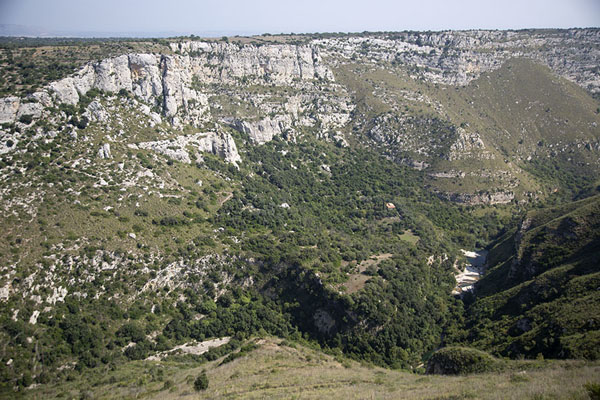The Cava Grande del Cassibile canyon seen from above | Cava Grande del Cassibile | l'Italie