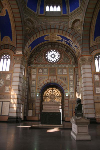 The main hall of the Famedio with tomb of Manzoni | Monumental Cemetery | Italy
