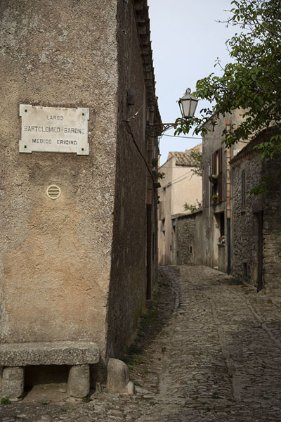 Photo de Street on the east side of EriceErice - l'Italie