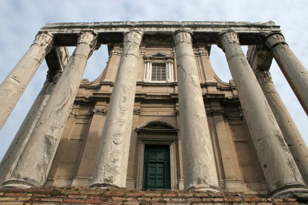 Temple of Antoninus and Faustina | Forum Romanum | Italy