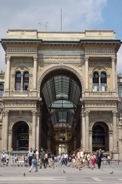 Tne entrance at the Duomo side | Galleria Vittorio Emmanuele II | Italy