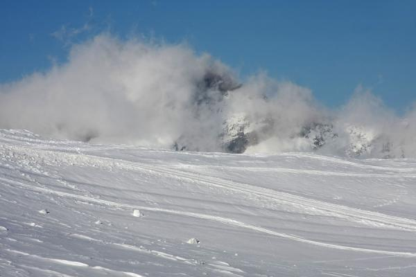 Picture of Monte Rosa skiing (Italy): Clouds enveloping the mountain tops near Passo Salati, slightly under 3000m